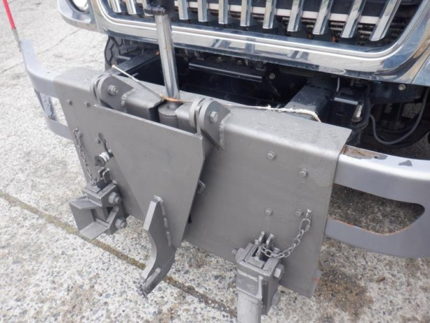 2011-international-7400-dump-truck-air-brakes-diesel-international-7400-big-16