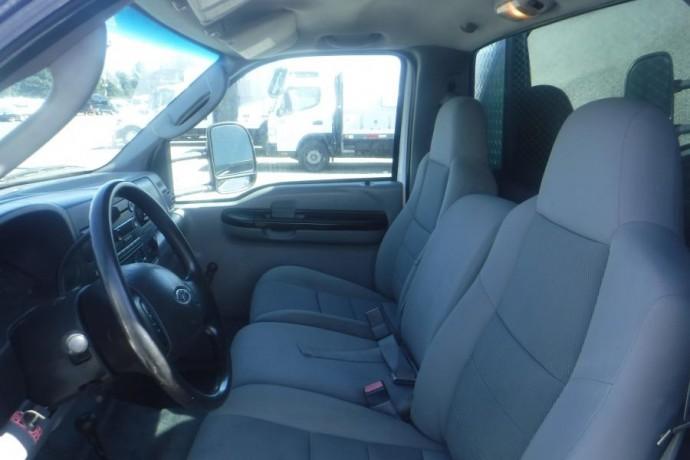 2005-ford-f-550-xl-superduty-diesel-dually-65-foot-flat-deck-4wd-with-crane-ford-f-550-xl-superduty-big-17