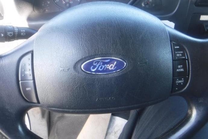 2005-ford-f-550-xl-superduty-diesel-dually-65-foot-flat-deck-4wd-with-crane-ford-f-550-xl-superduty-big-25