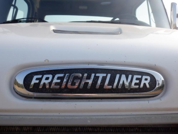2004-freightliner-m2-106-cement-pump-truck-with-air-brakes-diesel-freightliner-m2-106-big-21