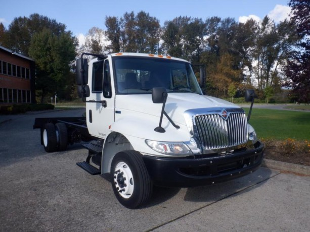 2013-international-4300-durastar-cab-and-chassis-diesel-with-hydraulic-brakes-international-4300-durastar-big-9