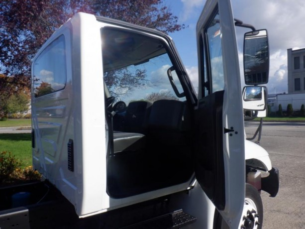 2013-international-4300-durastar-cab-and-chassis-diesel-with-hydraulic-brakes-international-4300-durastar-big-18