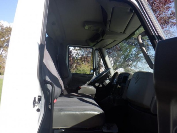 2013-international-4300-durastar-cab-and-chassis-diesel-with-hydraulic-brakes-international-4300-durastar-big-19