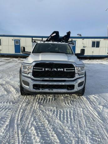 2019-dodge-ram-5500-picker-truck-big-4