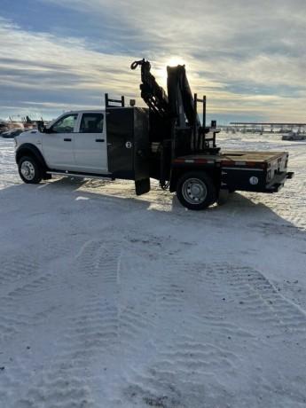 2019-dodge-ram-5500-picker-truck-big-3