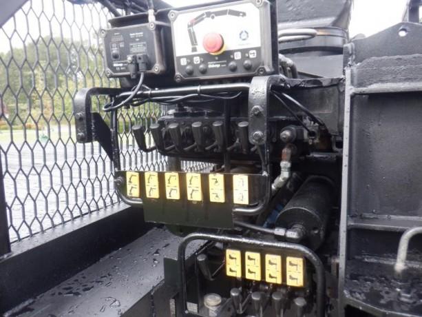 2006-peterbilt-357-flat-deck-with-crane-diesel-air-brakes-peterbilt-357-big-23
