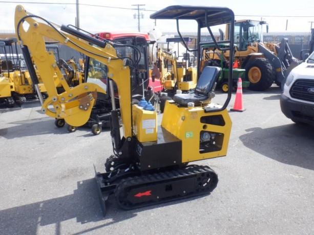 2021-cael-r308bt-mini-excavator-cael-r308bt-big-1