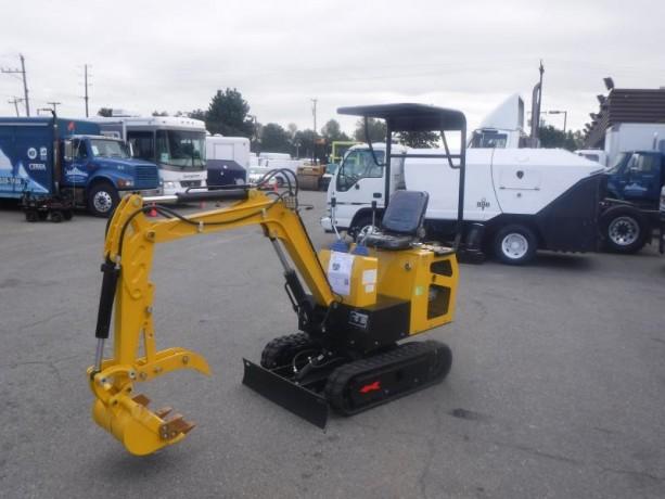 2021-cael-r308bt-mini-excavator-cael-r308bt-big-2